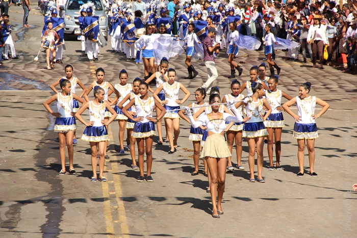 Desfile cívico do 2 de julho em Caetité