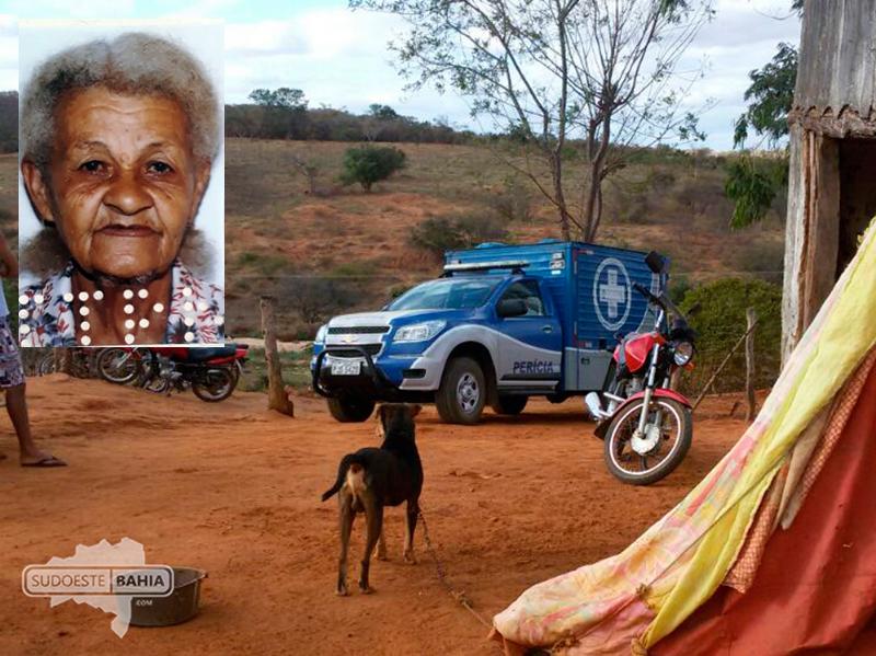 Idosa morre após ser picada por uma cobra coral na zona rural de Caetité