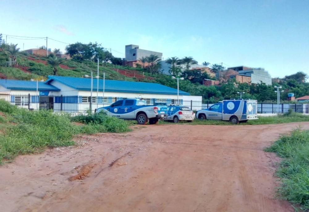 Detento se mata com golpes de faca dentro de delegacia em Caetité