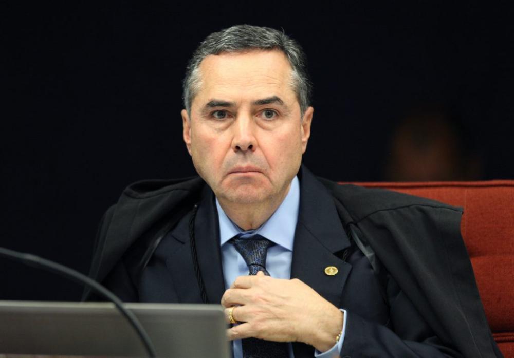 Decisão de Barroso impede indulto ao ex-presidente Lula
