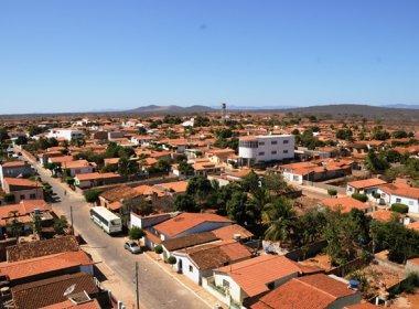 Jovem se joga de torre telefônica na cidade de Ibipitanga