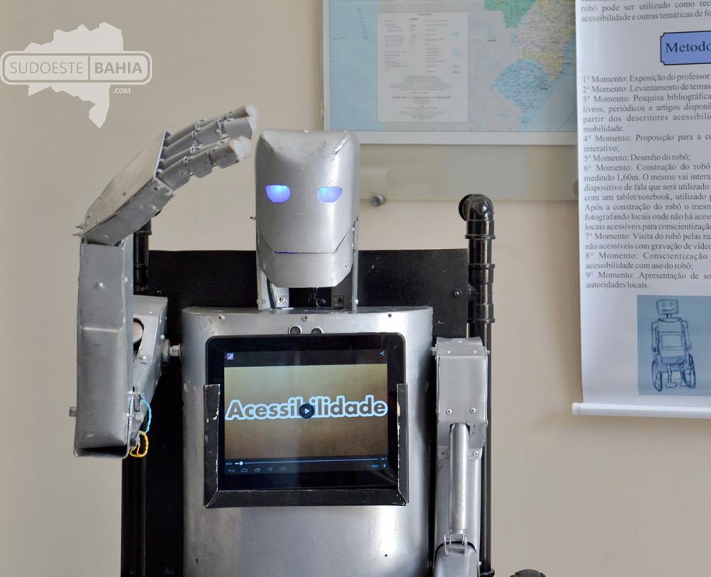 É de Caetité! Primeiro robô cadeirante do mundo foi construído no Cetep