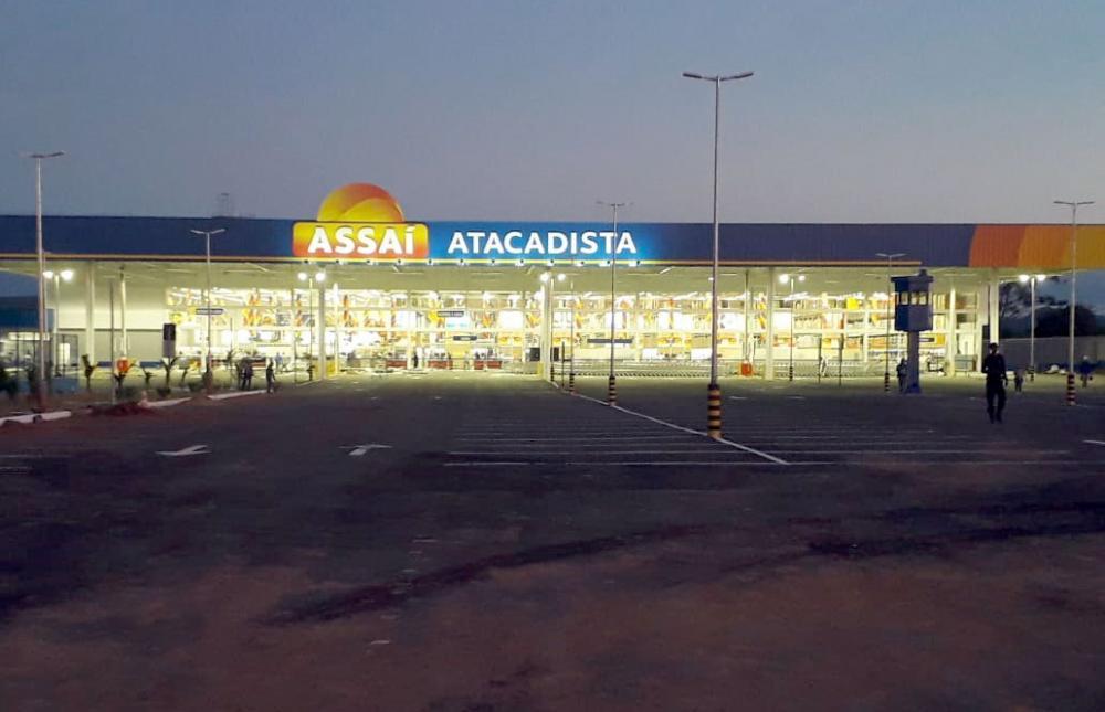 Comerciante alega que com chegada do Assaí vendas de pequenos comerciantes caíram e tem gerado muitas demissões em Guanambi