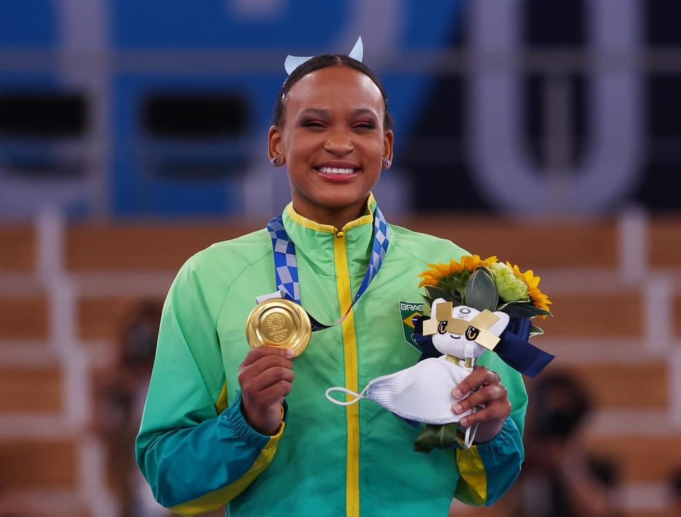 Com ouro no salto, Rebeca Andrade é a primeira campeã olímpica da ginástica artística brasileira