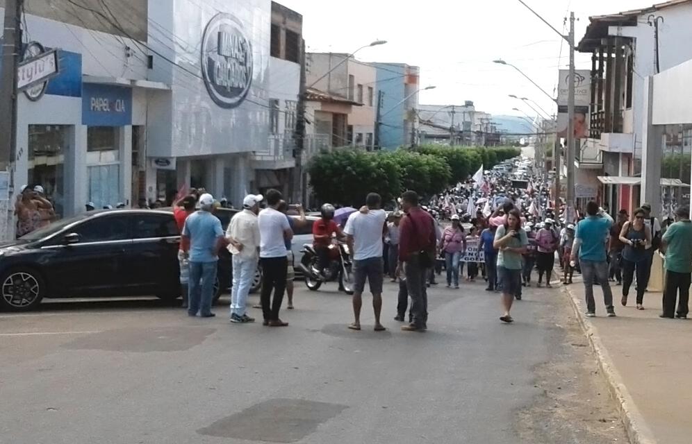 Caetité: populares, sindicatos e professores se mobilizam pela Greve Geral