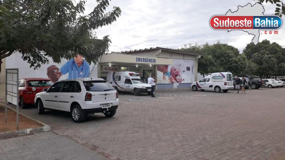 Homem é ferido com duas facadas durante briga de casal em Guanambi
