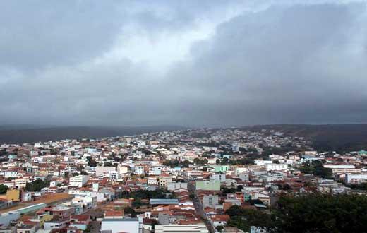 Tempo pode continuar chuvoso e com possibilidade de chuva forte em toda região